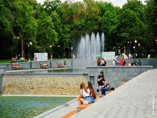 Сад Шевченко в Харькове после реконструкции.